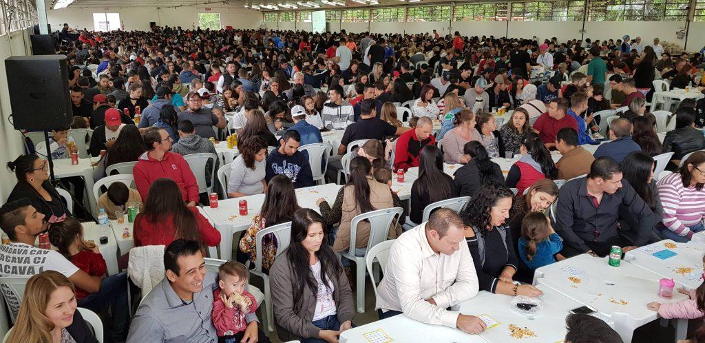 Mais de duas mil pessoas participam de Bingo da Adami